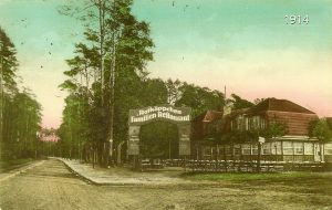 heiligenseestrasse-ecke-elchdamm-rotka%cc%88ppchen-familien-restaurant-1914